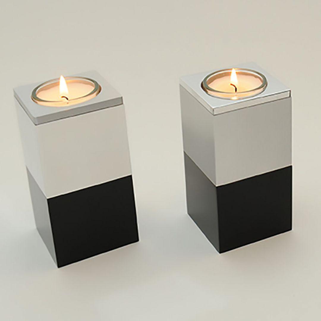 Moderne waxinelichthouder mini urn metaal Alunero zwarte voet 2555