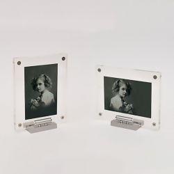 Plexi fotolijst met metalen steuntje en asbuisje 120x150mm}