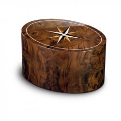 Houten ovalen urn van walnotenhout met windroos URRRV02L}