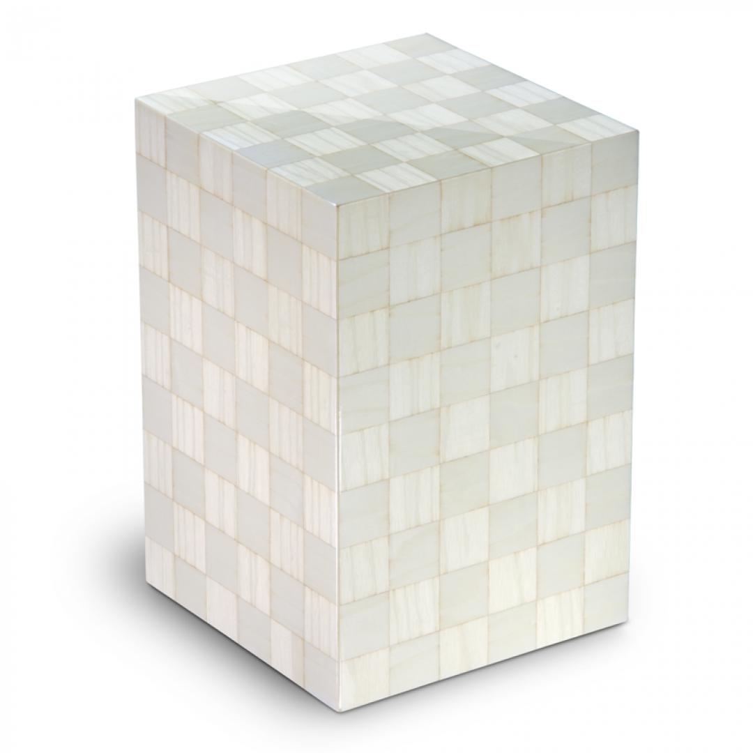 Houten urn wit met schaakbord patroon Columbarium Scacchiera Artico UR-C-SC-01L 6 Liter