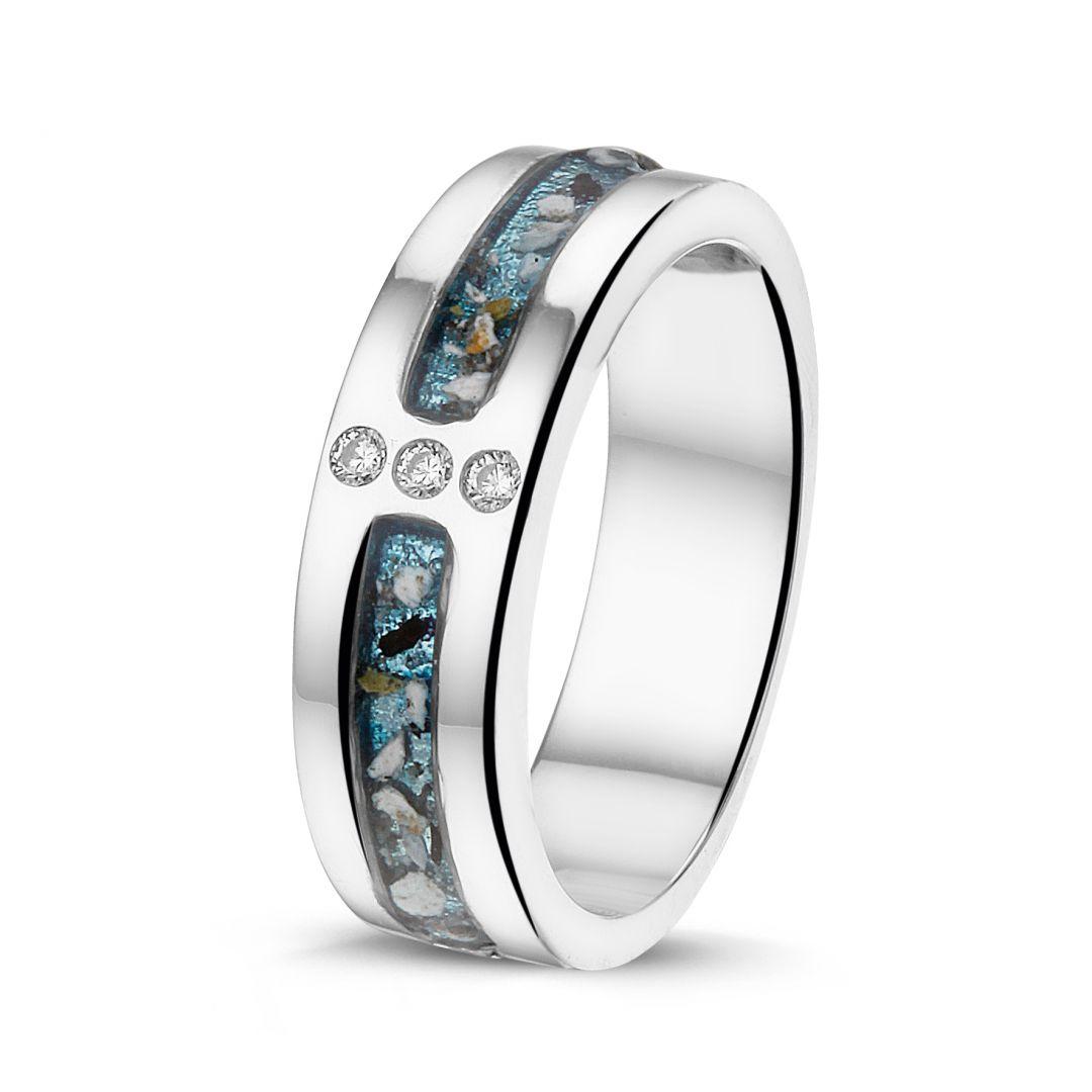Zilveren ring met zirkonia's en twee askamers - RG 024