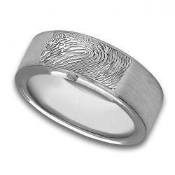 Assieraad, ring met askamer en vingerafdruk mat R033.8FPM}