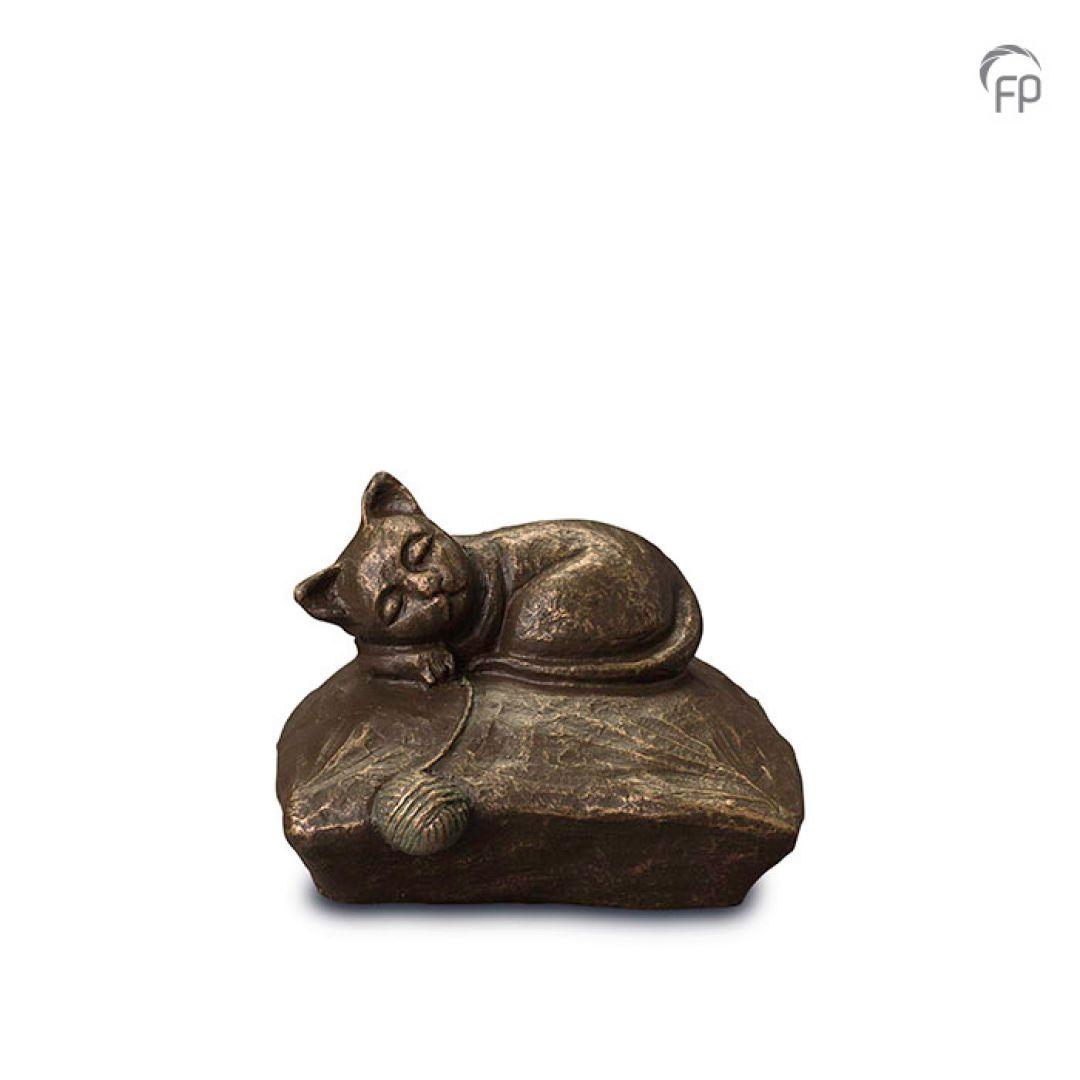 Keramische dieren art urn met bronzen afwerking UGK211