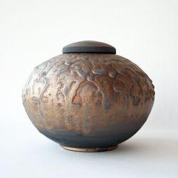 Jewel urn}