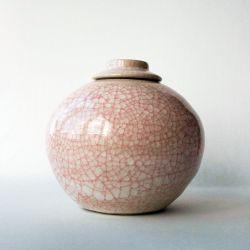 Love urn}