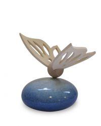 Keramiek baby urn met houten vlinder RSKLU13-12-1}